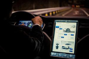 Hakerzy niebezpieczeństwem dla kierowców