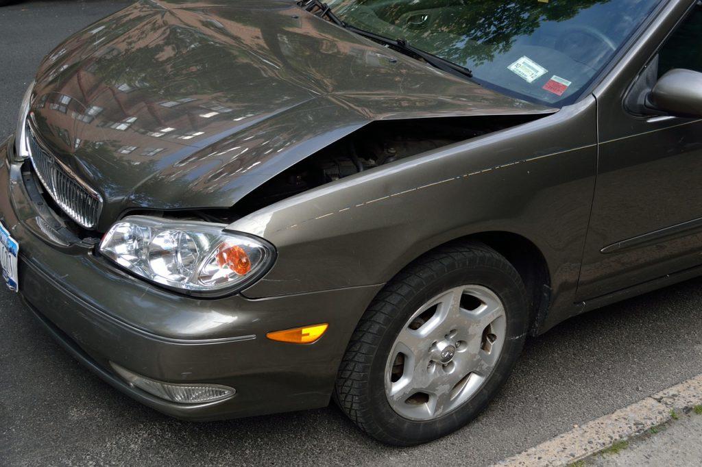 Czy opłaca się korzystać z usług rzeczoznawcy samochodowego?