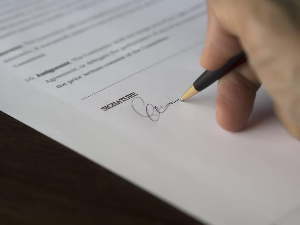 Leasing samochodu czy kredyt gotówkowy – jak dobrze wybrać?