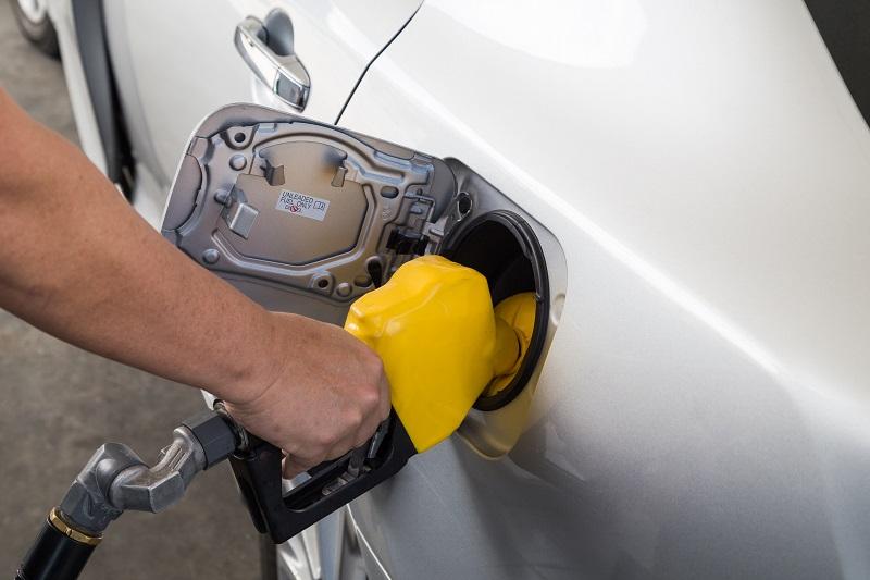 Zalety kart paliwowych