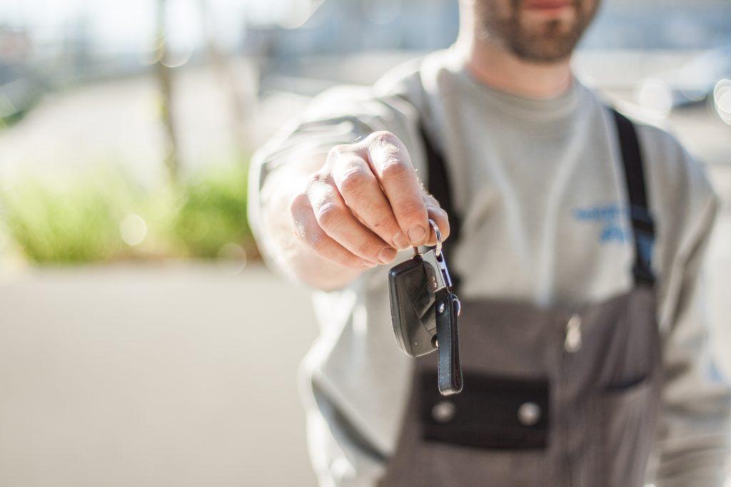 Jaki kredyt na kilkuletnie auto opłaca się najbardziej?